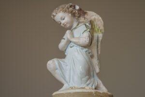 faa hjaelp fra englene